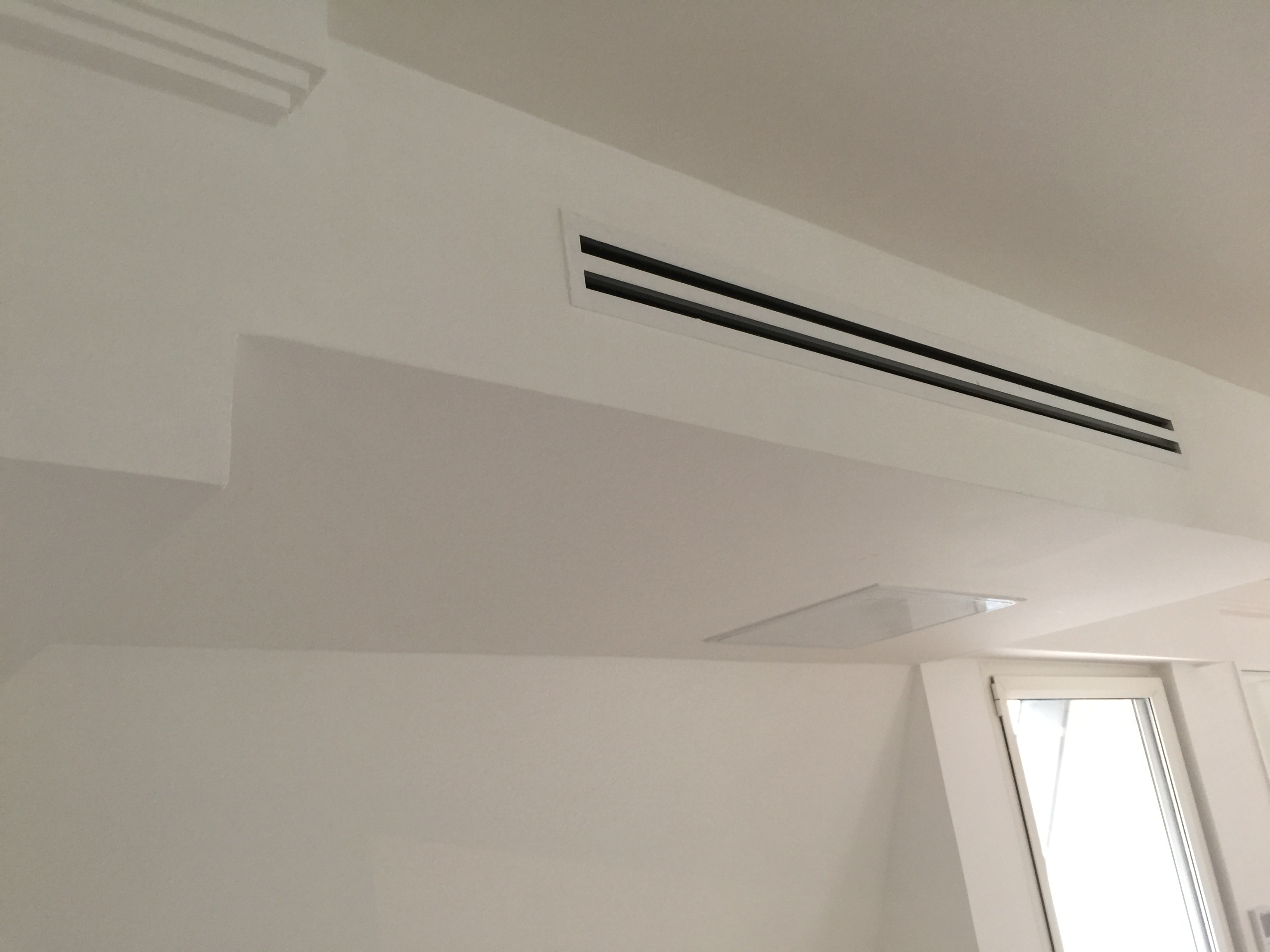 Climatisation paris 16e for Habillage faux plafond